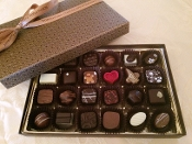 Bon Bon Gift Box, 24 assorted